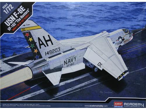 USN F-8E _ VF-162