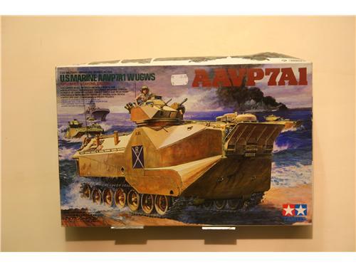 AAVP7A1 - modelli Tamiya