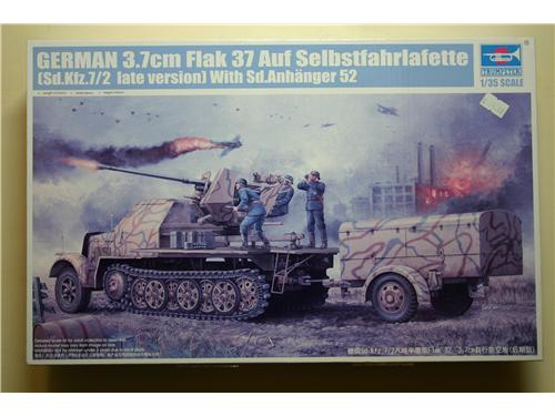 3.7cm Flak 37 Auf Selbstfahrlafette (Sd.Kfz.7/2 late vers.) w/sd.Anhanger 52 - modelli Trumpeter