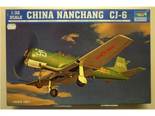 China Nanchang CJ-6 - modelli Trumpeter