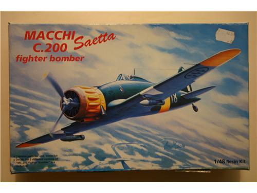 Macchi C.200 Saetta fighter bomber  - modelli Astrokit