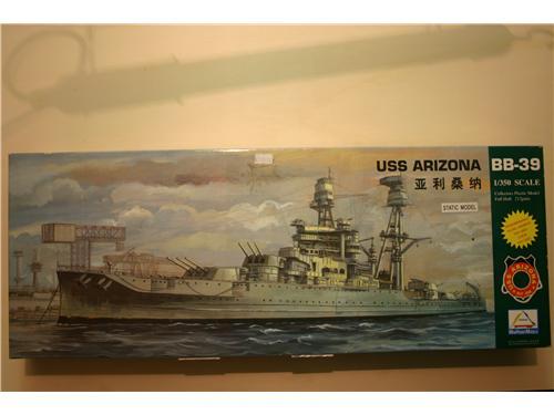 USS Arizona - modelli Mini Hobby Models