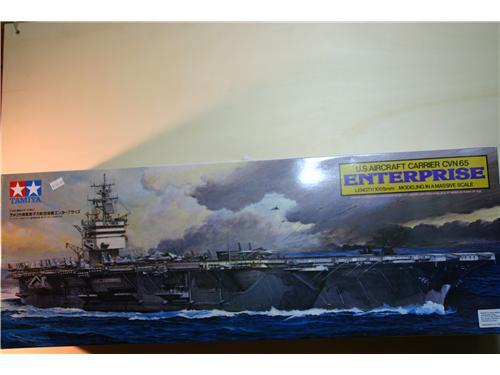 Portaerei U.S.A. - U.S. Aircraft Carrier CVN 65 Enterprise - Modelli Tamiya