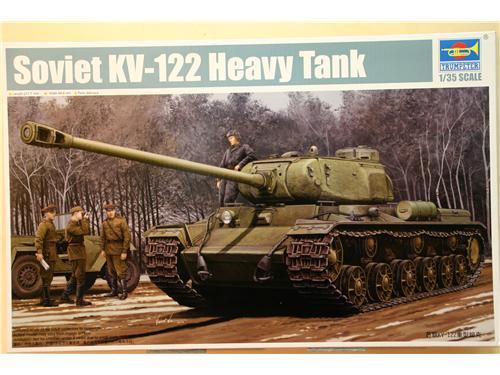 Soviet KV-122 Heavy Tank - modelli trumpeter